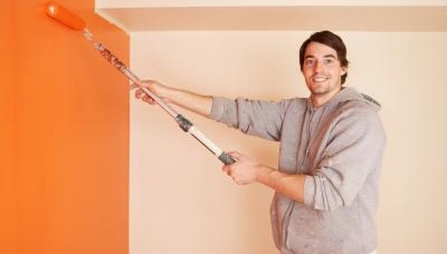 Orange bedroom walls promote organization and concentration.