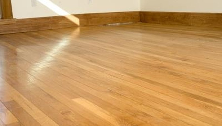 Select-grade flooring has less grain and color variation than lower grades of wood.