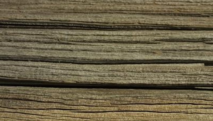 Being able to read the direction of wood grain will make your woodworking jobs easier.