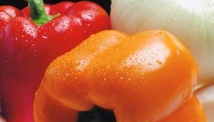 Vacuum packed storage can help preserve the freshness of vegetables.