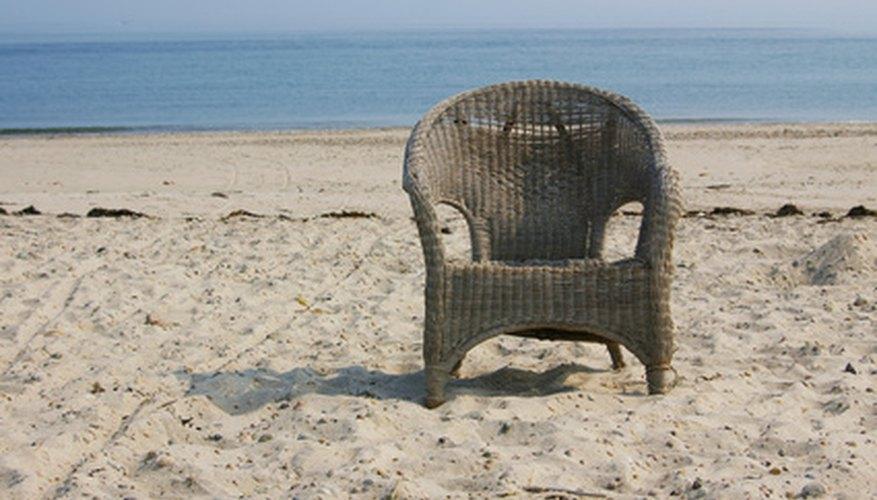 A wicker chair