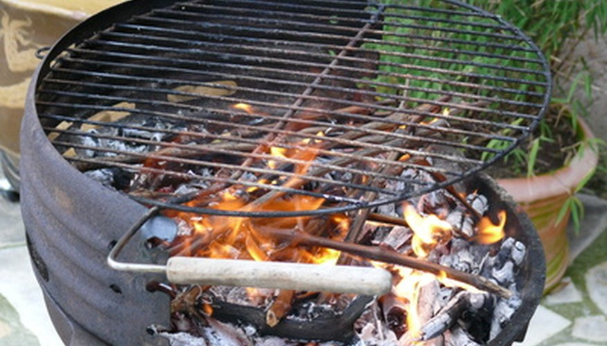 Heat distribution differs between cast iron and stainless steel grates.