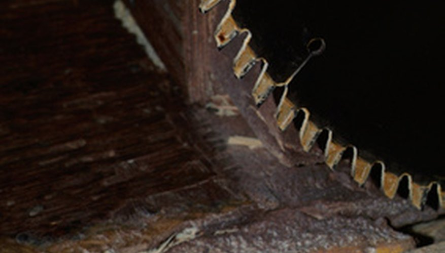 Use durable, sharp blades when cutting hardwoods like mesquite.
