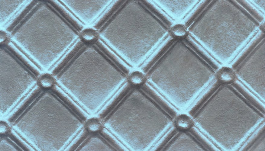 An argyle pattern has a more elongated diamond shape than shown here.