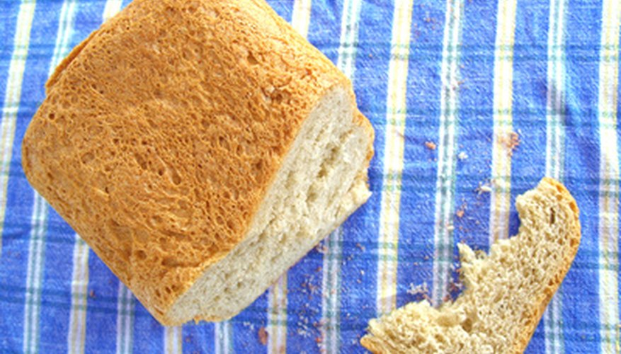 The Sunbeam breadmaker can make a variety of bread types.