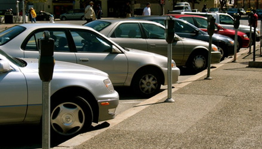 Low-income college students find help buying cars through grant programs.