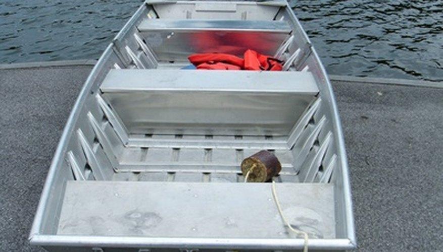 How to Repair an Aluminum Boat Hull