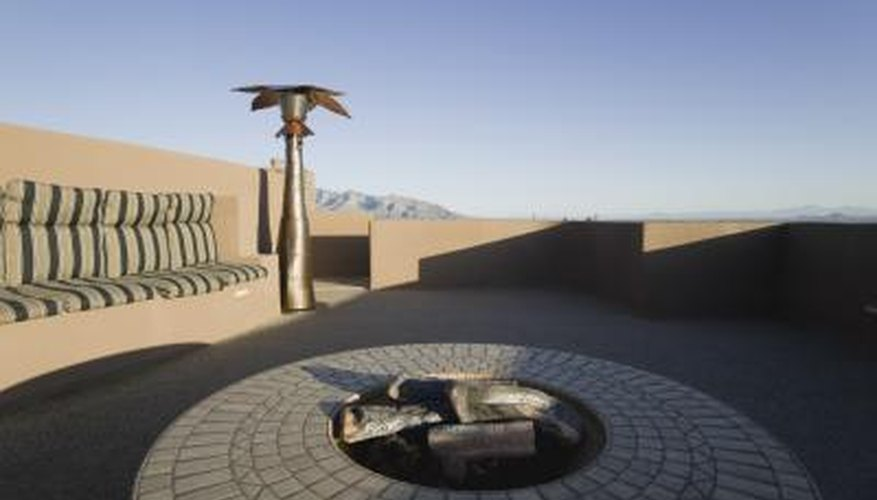 Cinder block fire pits can be decorative and complicated, or simple and practical.