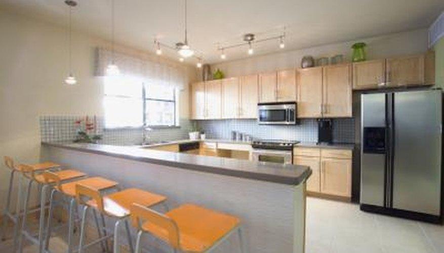 ... How To Coordinate Floor Tile Color U0026 Countertops | HomeSteady Kitchen  Floors Countertops Coordinating On Kitchen ...