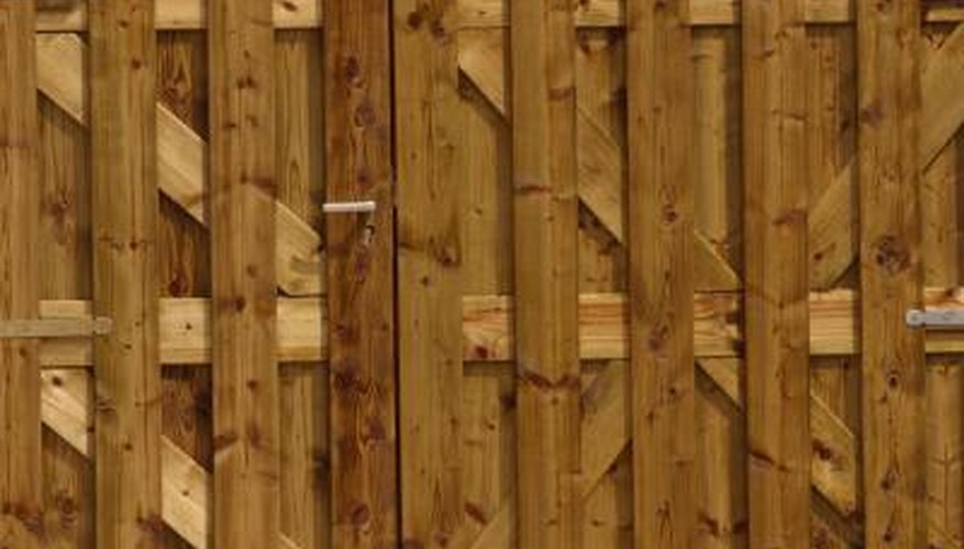 while plastic or other synthetic fencing may have its benefits wood fencing looks natural and has its fans who prefer it fencing is also very practical