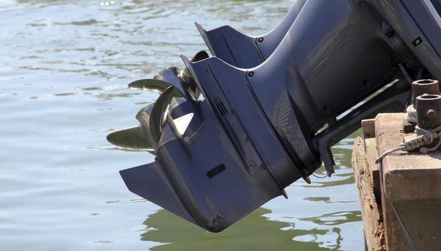 How to Unclog an Outboard Engine