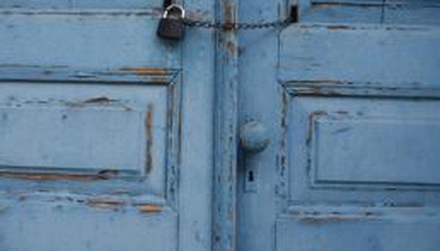 Cover Unattractive Doors And Improve Your Roomu0027s Appearance.