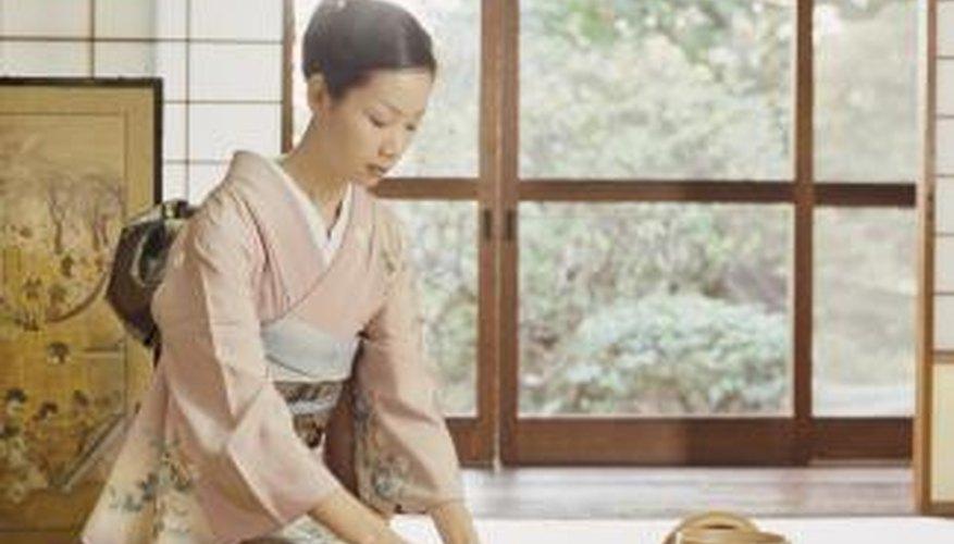 Tatami beds utilize tatami mats for comfortable sleep.