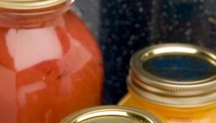 Choosing the proper cookware helps ensure success when canning.