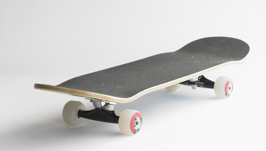 How to Bend Plywood for a Skateboard
