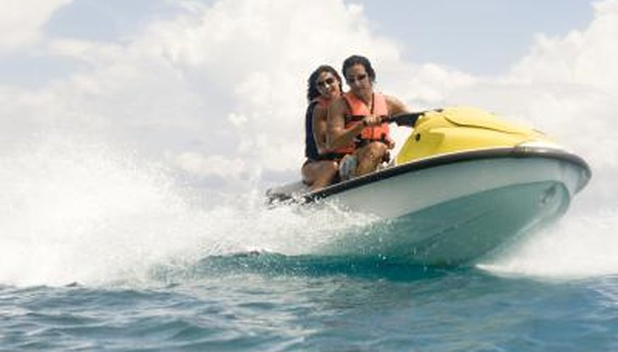 How to Dress to Go Jet Skiing