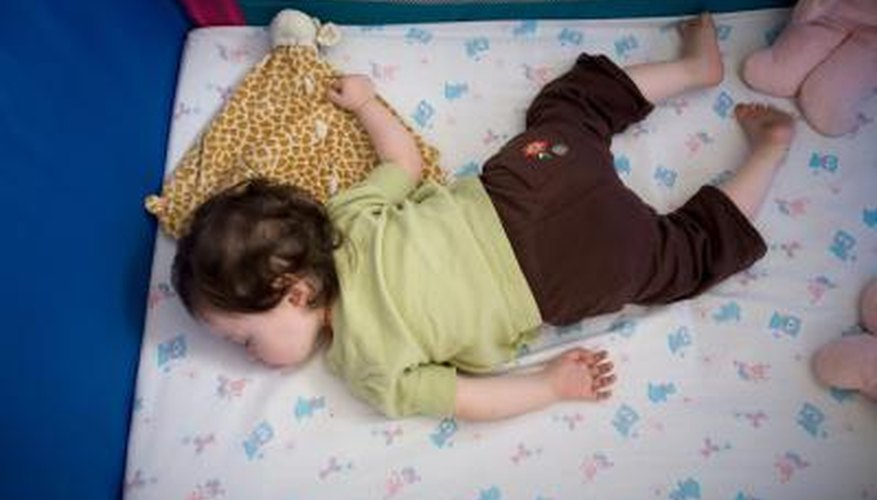 A toddler daybed makes a transition from a crib to a full size bed.