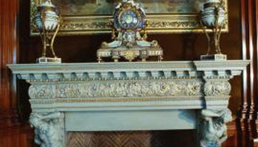Create your own cement mantle for the fireplace with melamine and edge molds.
