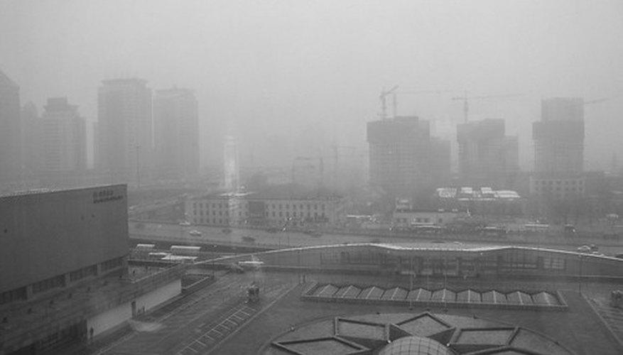 La niebla espesa de las áreas industrializadas puede desplazarse hacia la tundra, donde es absorbida por el liquen.