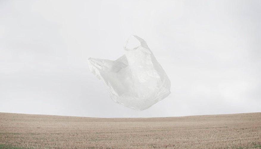 Encontramos bolsas de plástico en cualquier lugar.