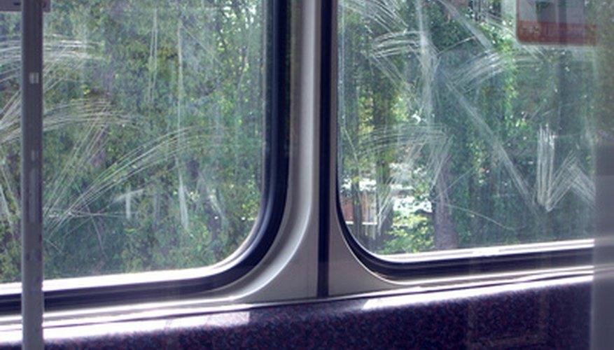 Las ventanas de vidrio rayadas son antiestéticas.