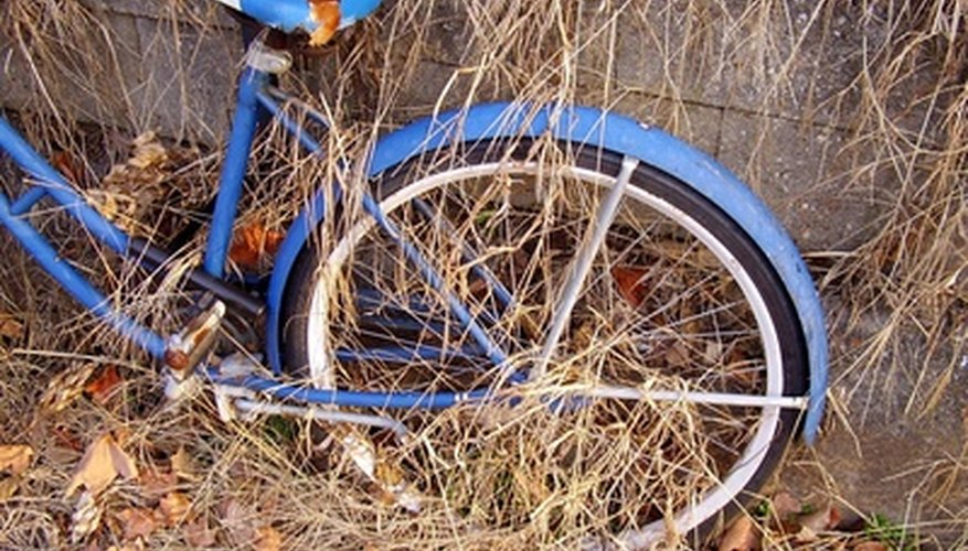 Vintage Schwinn bicycles aren't necessarily valuable, but many people collect them.