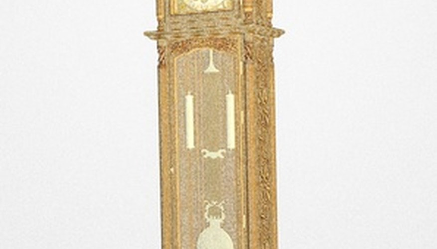 Grandfather clock with chain weights