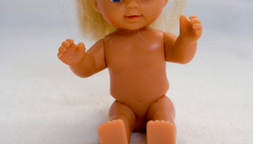 Untangle doll hair with items you have at home.