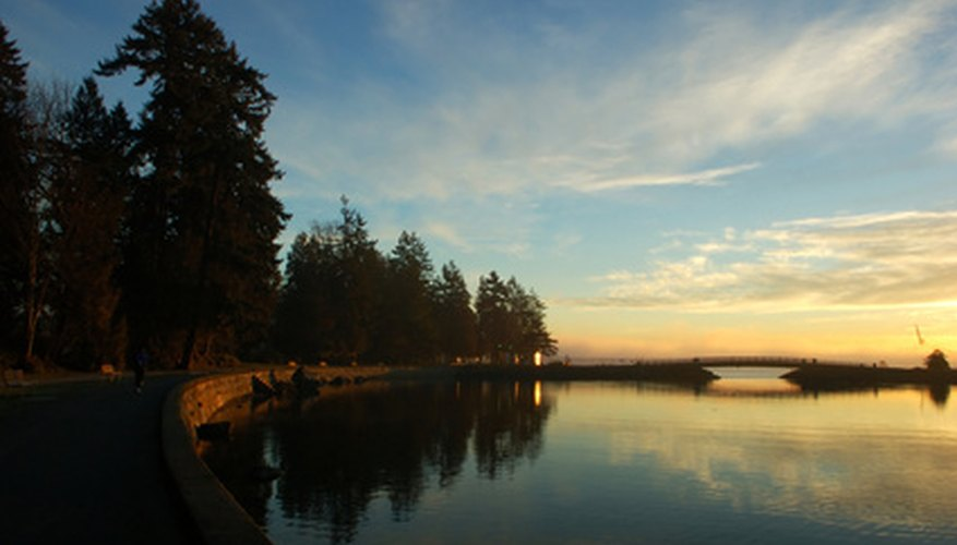 Third Beach at Stanley Park is a popular sunset viewing site.