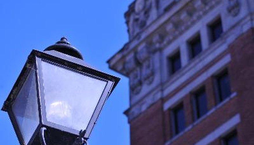 Existen varios beneficios por la utilización de artefactos de luz LED para iluminar las calles.