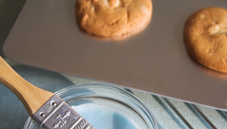 A cookie sheet can be used for various science projects.