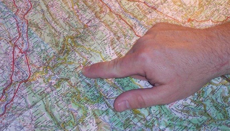 Usar la escala de un mapa puede decirte lo lejos que está el punto A del B.