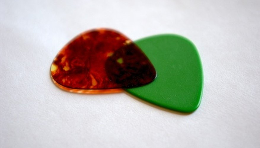 Spruce up your guitar picks by adding images.