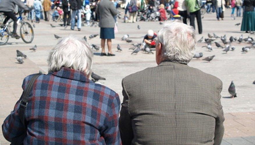 Algunas ideas de negocios podrían ser más adecuadas para adultos mayores que otras.