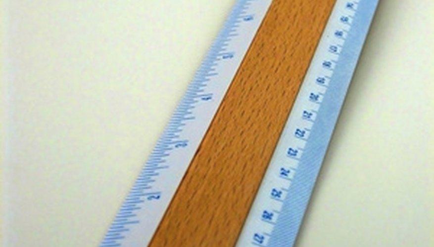Usa una regla para obtener las medidas de cada lado del polígono.