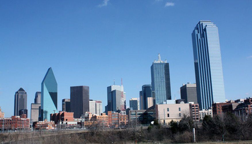 Texas offers retirees big cities, like Dallas, or rural destinations.
