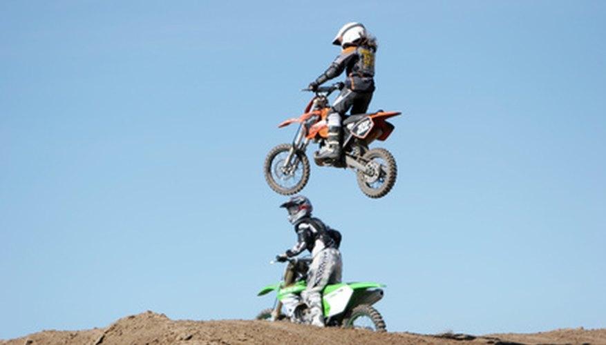 La XR250R es una opción popular para los ciclistas que perfeccionan sus habilidades.
