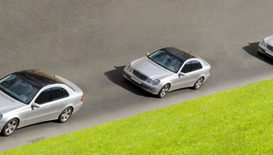 Mercedes ofrece tres opciones de paquetes en los vehículos que venden.