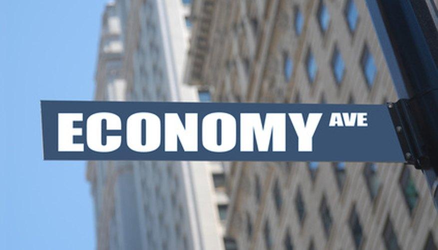 Las economías eficientes producen más con menos recursos.