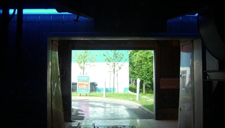 Edificio de lavado automático de autos.