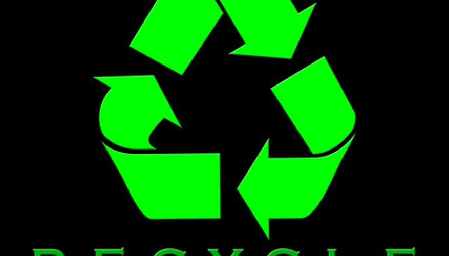 Haz que el líquido viejo de tu dirección asistida sea reciclado en un taller de reparación de automóviles.