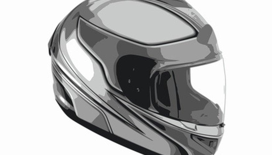 Los cascos han evolucionado desde los casquillos de cuero usados a principios del siglo XX.