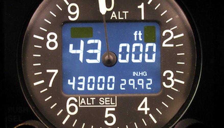 Los altímetros miden la altura basándose en la presión barométrica.