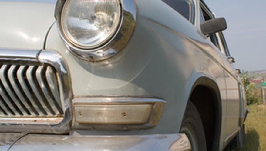 Cambiar regularmente el aceite de tu auto puede mejorar el rendimiento y alargar la vida de tu vehículo.