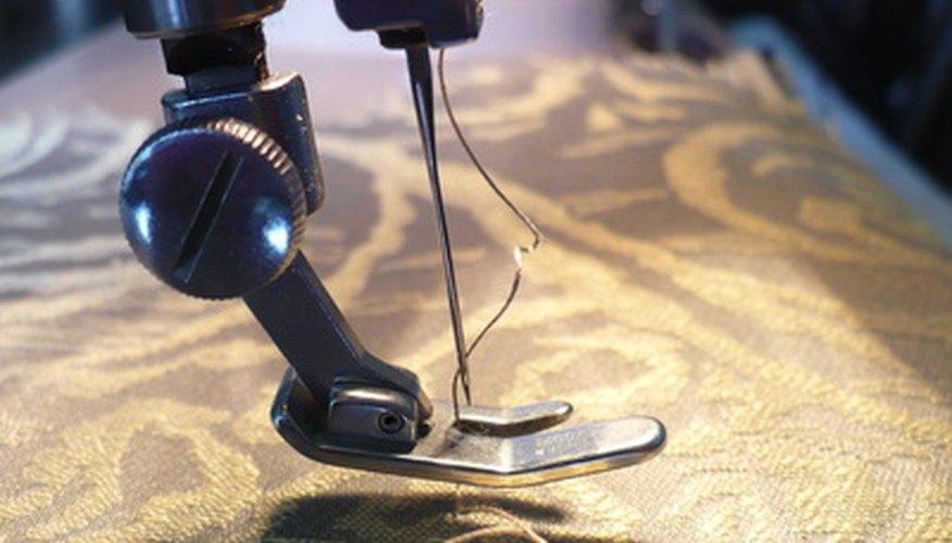 Las máquinas de coser se pueden encontrar en modelos mecánicos o electrónicos.