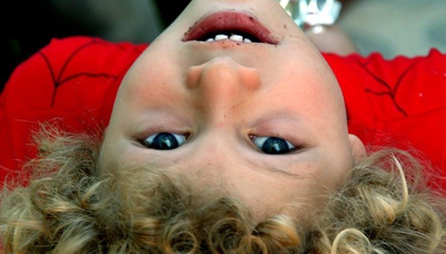 Los niños tienen que aprender a confiar para poder obtener buenas habilidades sociales.