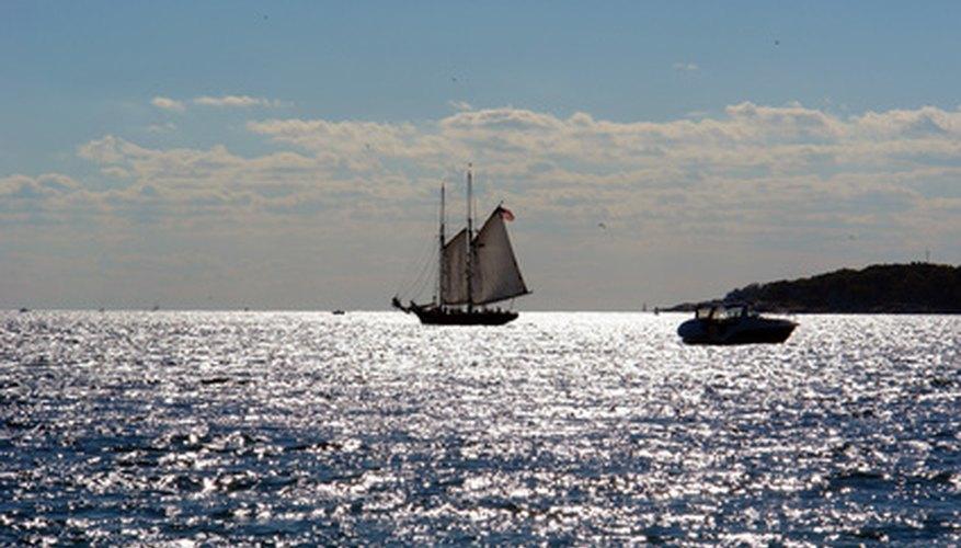 Cristobal Colón es famoso por haber navegado hacía América.