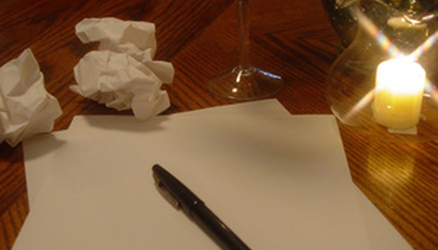 Escribir una carta es un tipo de comunicación escrita.