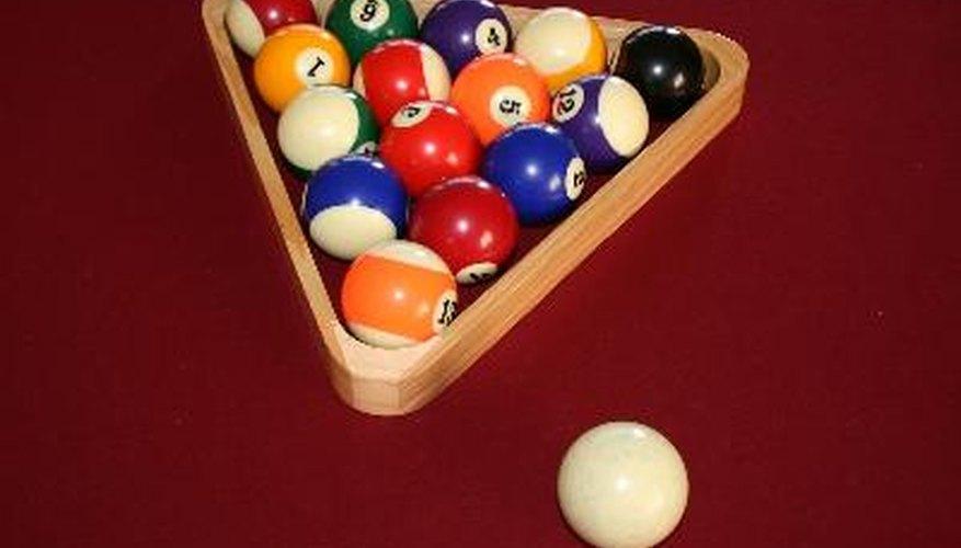 Los juegos de billar suelen usar bolas numeradas de 1 al 15.