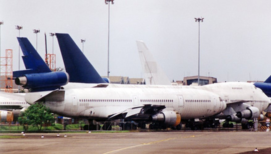Las aerolíneas permiten a sus pasajeros comprobar el estado de sus vuelos.